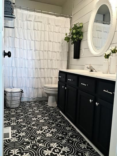 Merola Tile Twenties Classic Encaustic 7 3 4 In X 7 3 4 In Ceramic Floor And Wall Tile 11 11 Sq Ft Case Frc8twcl The Home Depot Small Bathroom Remodel Bathroom Makeover Upstairs Bathrooms