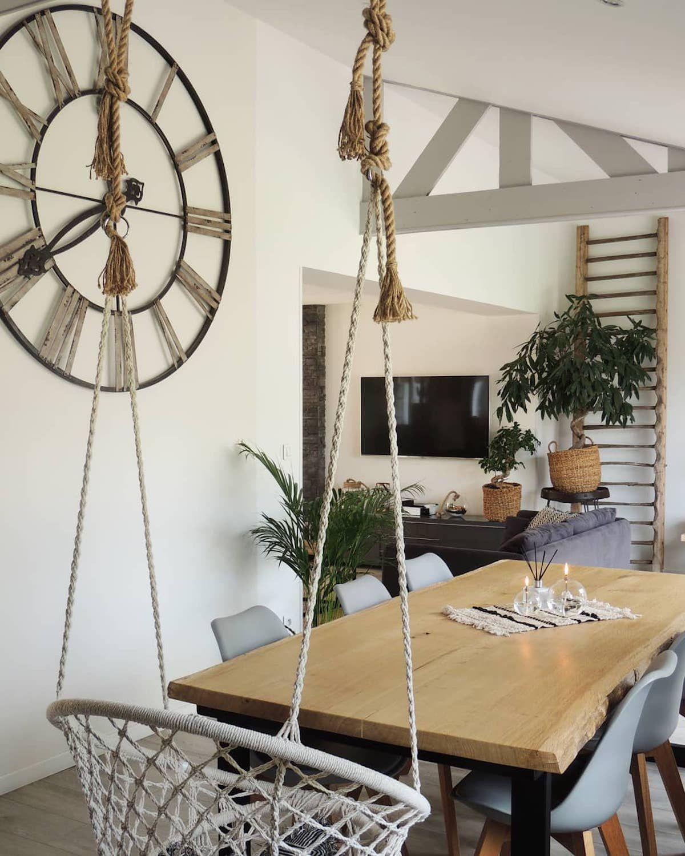 Bienvenue chez Loisel Industry : Visite déco en 2020 | Décoration salon tendance, Decoration mur ...