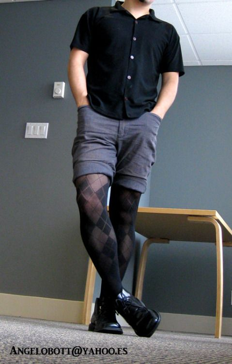 1ddb2464f32 Pin by Larry TheHandsome on Yes men are wearing tights again in 2019 ...