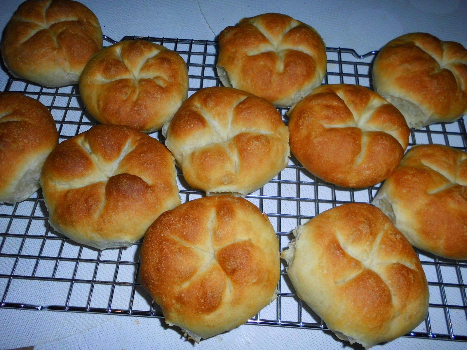 creaymme: Kaiserbroodjes