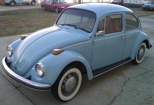 example of diamond blue paint on a 1970 volkswagen beetle | vdub a