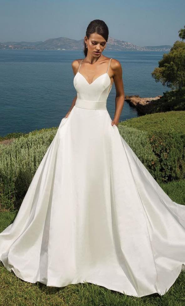 Mit freundlicher Genehmigung von Justin Alexander Wedding Dresses; Hochzeitskleid Idee. – Hochzeit ideen