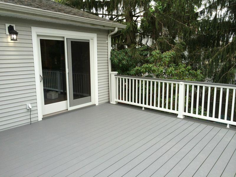 Trex Pebble Clamshell Back Deck Trex Deck Deck Colors Trex Patio