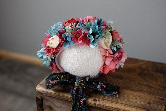 Image of Newborn bear floral bonnet (item#7)