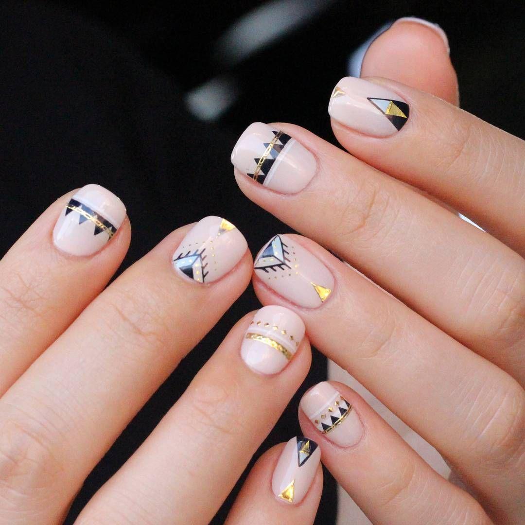 Meet the Korean Nail Artist Behind Shattered Glass Nails, Bracelet ...