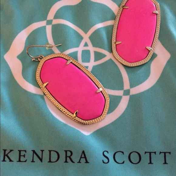 Kendra Scott Danielle Earrings Kendra Scott Danielle Earrings in Magenta Kendra Scott Jewelry Earrings