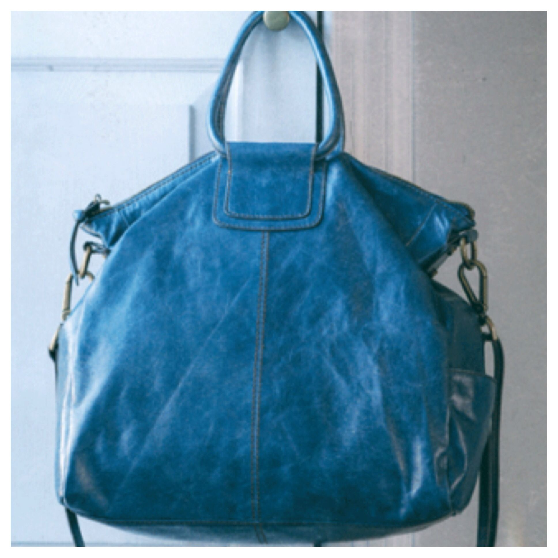 Love this color Sheila Hobo bag! | HOBO-n't You Didn't | Pinterest ...