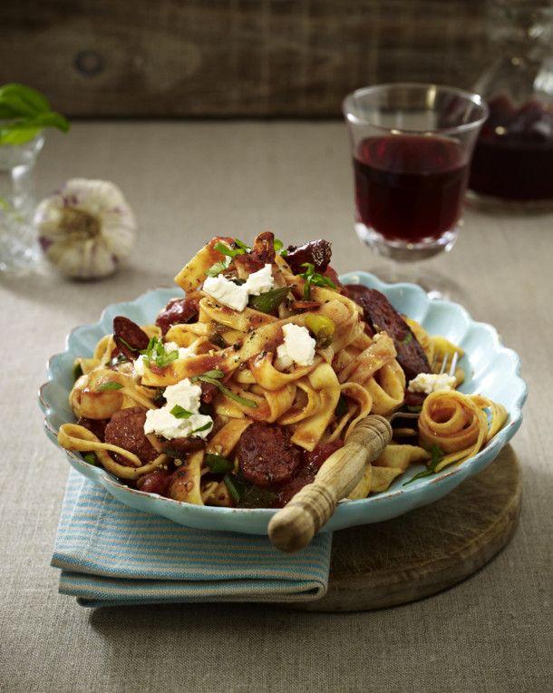 Photo of Chorizo in Tomaten-Ricotta-Soße zu Bandnudeln Rezept    LECKER