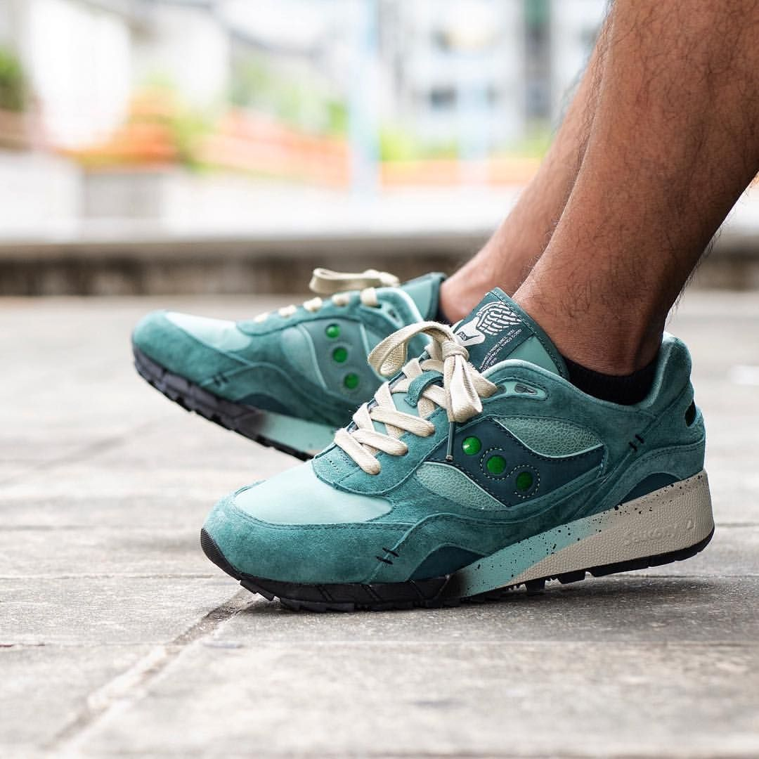 "brand new a018b fa116 Feature x Saucony Shadow 6000 ""Living Fossil"" 