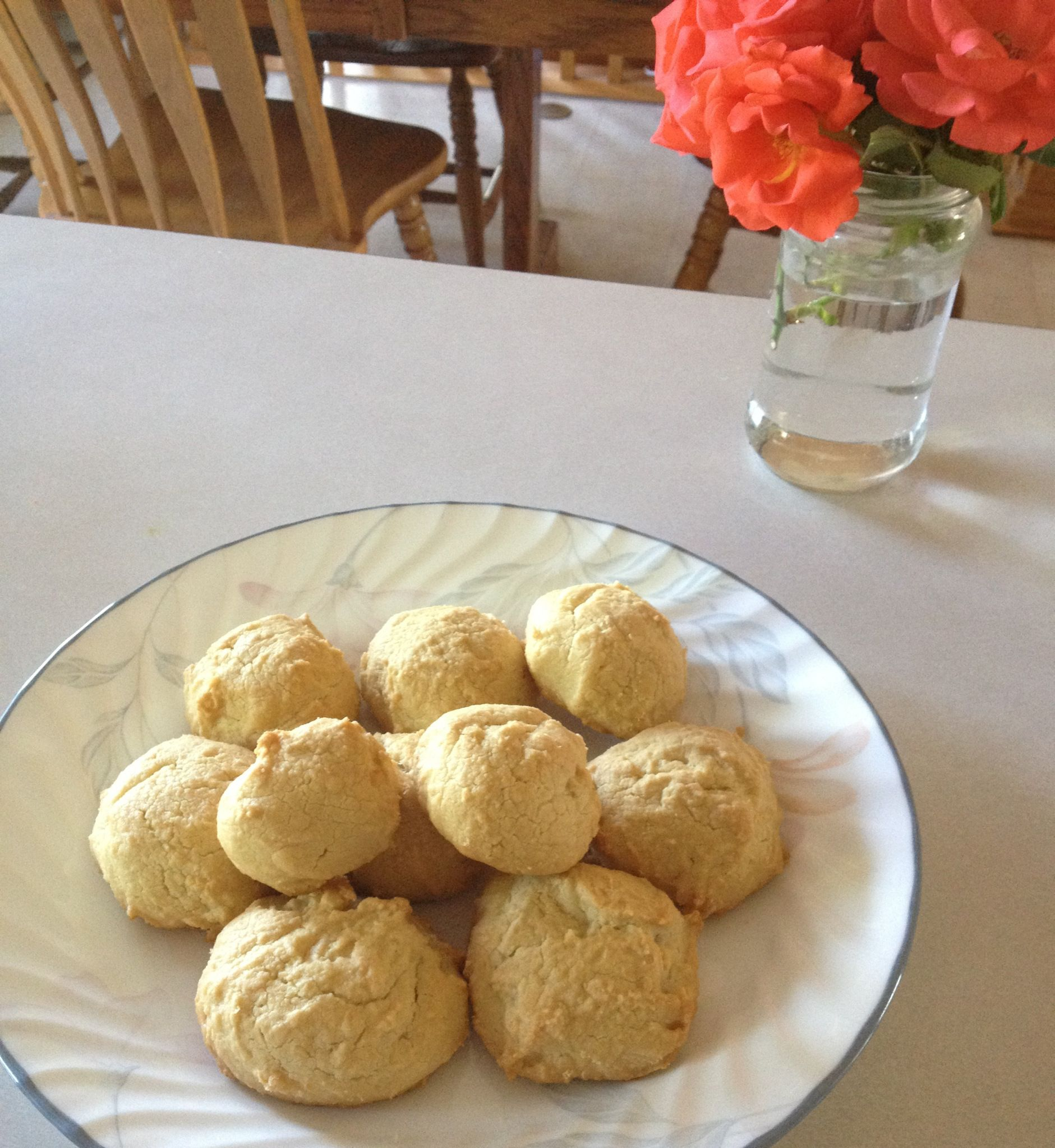 Pin By Jessica Hendrix On Have Your Cake Eat It Too Dinner Rolls Paleo Dinner How To Eat Paleo