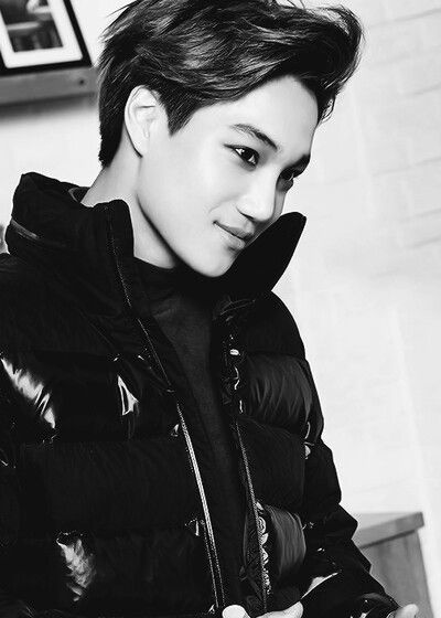 "Exo - Kai ""I cannot tell you how much sexiness is going on on this photo ;-;"""