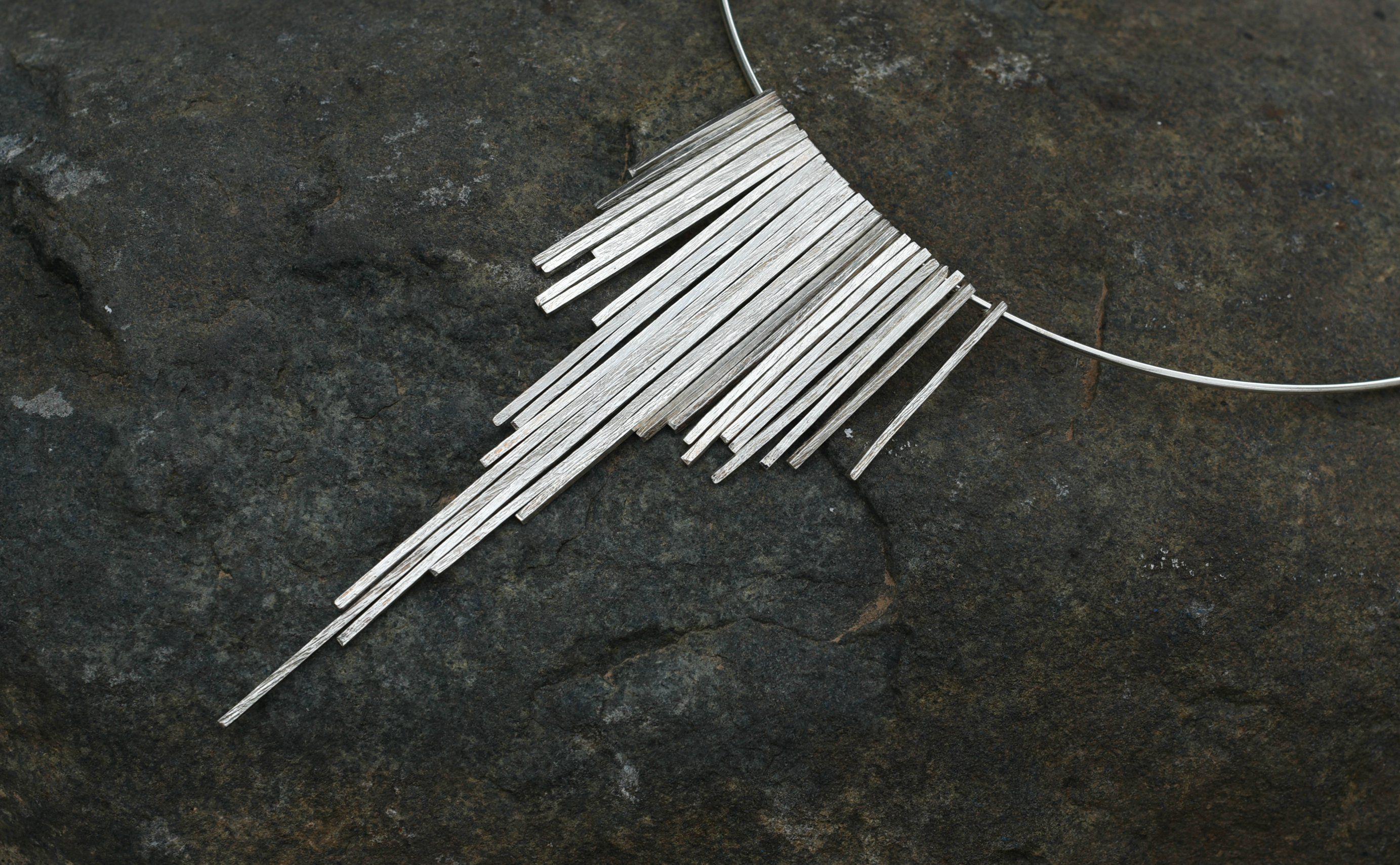 a0167e43fb99 Collar de Plata