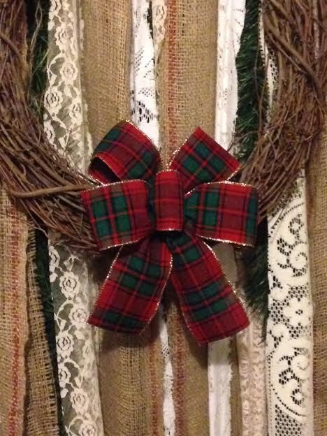 Tartan Christmas Mini Bow Small Christmas Bow By Custombowsbyjami On Etsy Christmas Bows Tartan Christmas Gift Bows