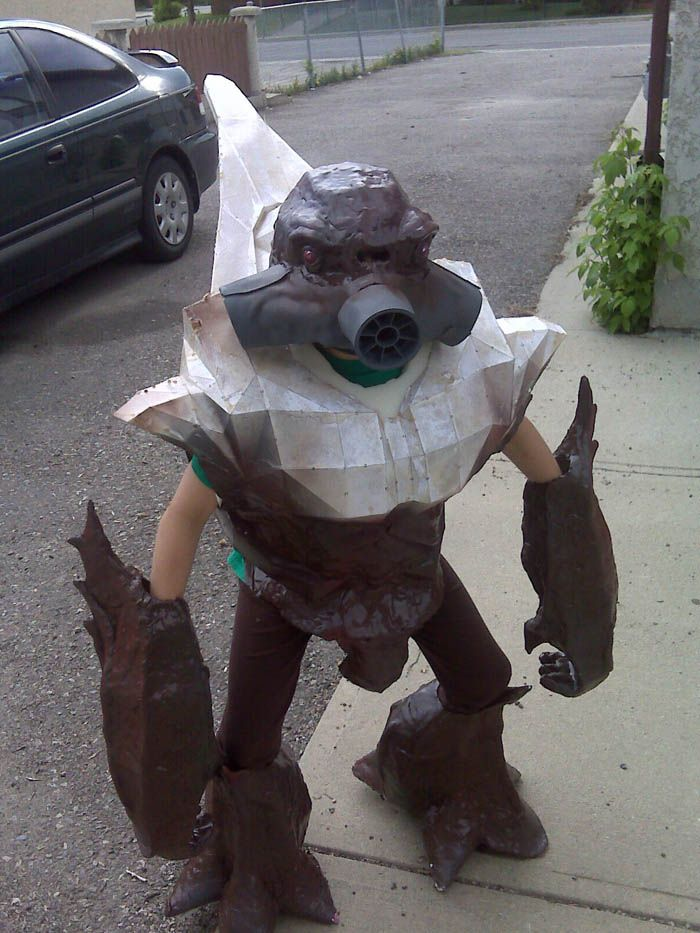 child halo costumes | Grunt costume from Halo. Deviant Artist NovemberAdam made this costume . & child halo costumes | Grunt costume from Halo. Deviant Artist ...