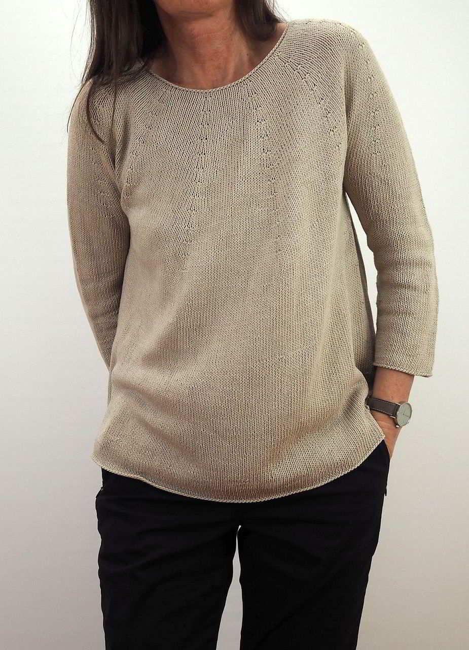 Пуловер из мохера спицами для женщин и девушек с описанием от дизайнера Суви Симола