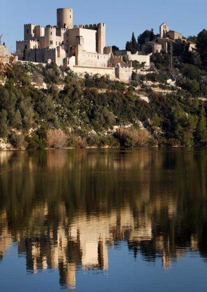 castell de castellet a castellet i la gornal alt pened s. Black Bedroom Furniture Sets. Home Design Ideas