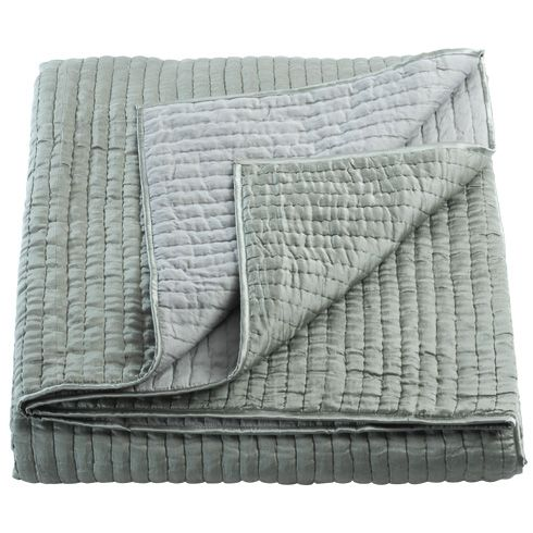 plaid le monde sauvage textiles et tapis home textile and rug i pinterest monde. Black Bedroom Furniture Sets. Home Design Ideas