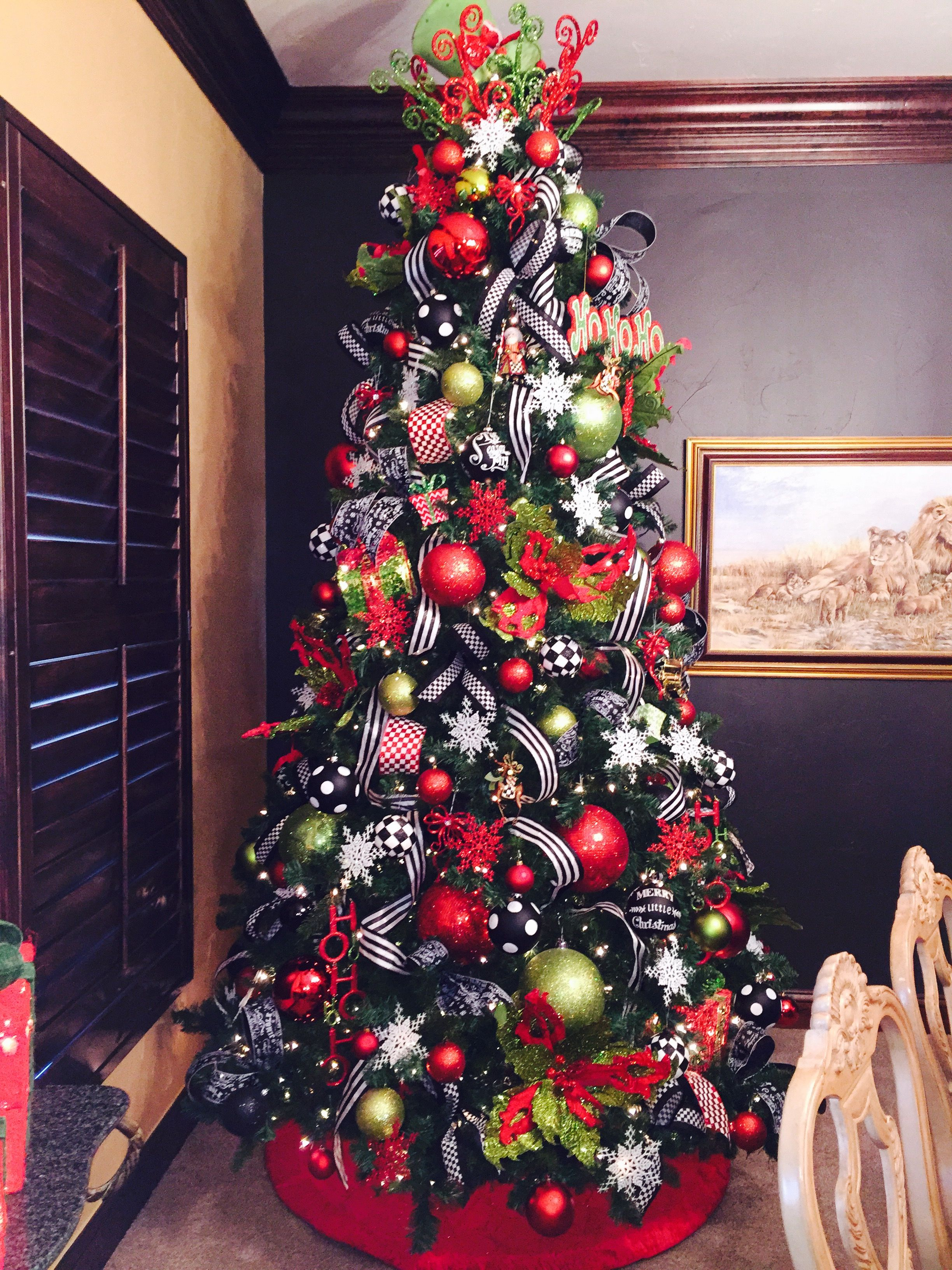 The Black And White Yaaas Red Christmas Tree Christmas Tree Themes Red Christmas Decor