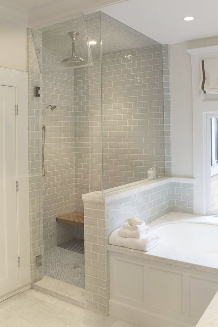 Small Bathroom Remodel Pictures Vorher Und Nachher Bei Small Master Bath Remodel In 2020 Bathroom Remodel Pictures Small Master Bath Diy Bathroom Remodel
