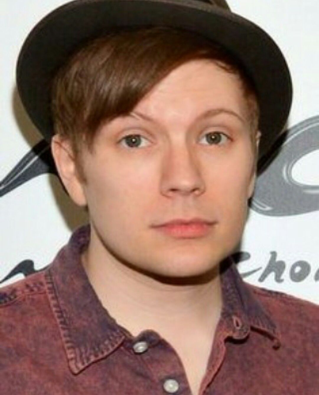 The right eyebrow | Fall out boy, Lead singer, Singer