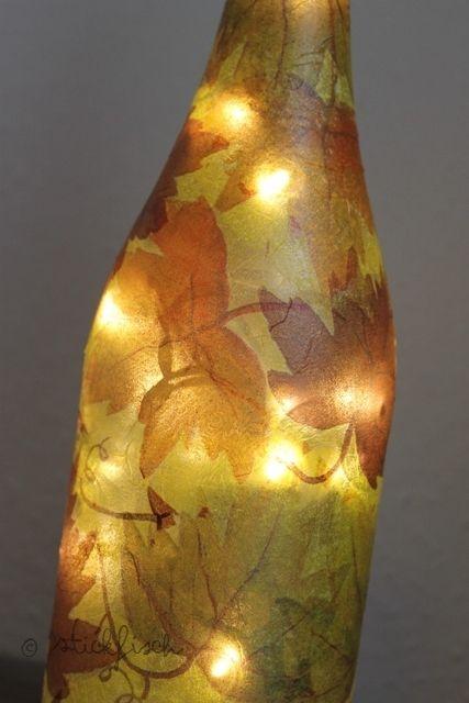 nordahage diy flaschen lampe mit serviettentechnik. Black Bedroom Furniture Sets. Home Design Ideas