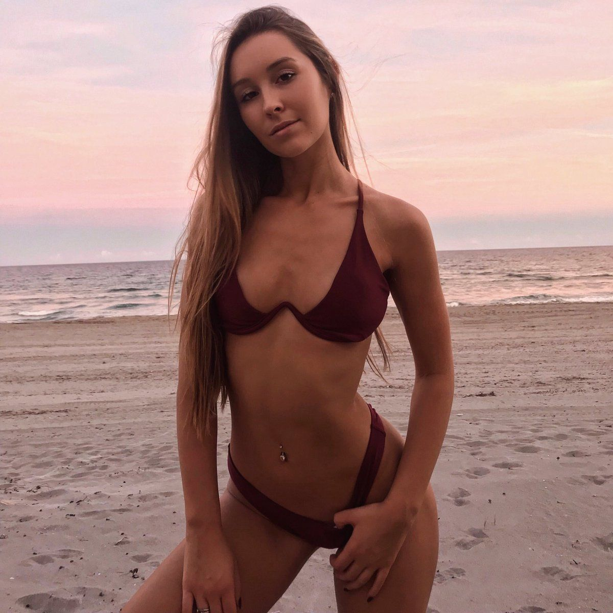 Cleavage Nicky Gile naked (28 photo), Topless, Cleavage, Instagram, braless 2006