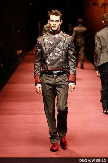 17c88c80c8c Flamboyant Male Rockstar Fashion - Punk Sophisticated at Gucci Fall 2009  Menswear Show (GALLERY)