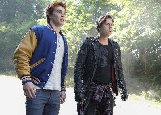 Jughead E Archie Tentam Proteger Riverdale Temporadas Temporada