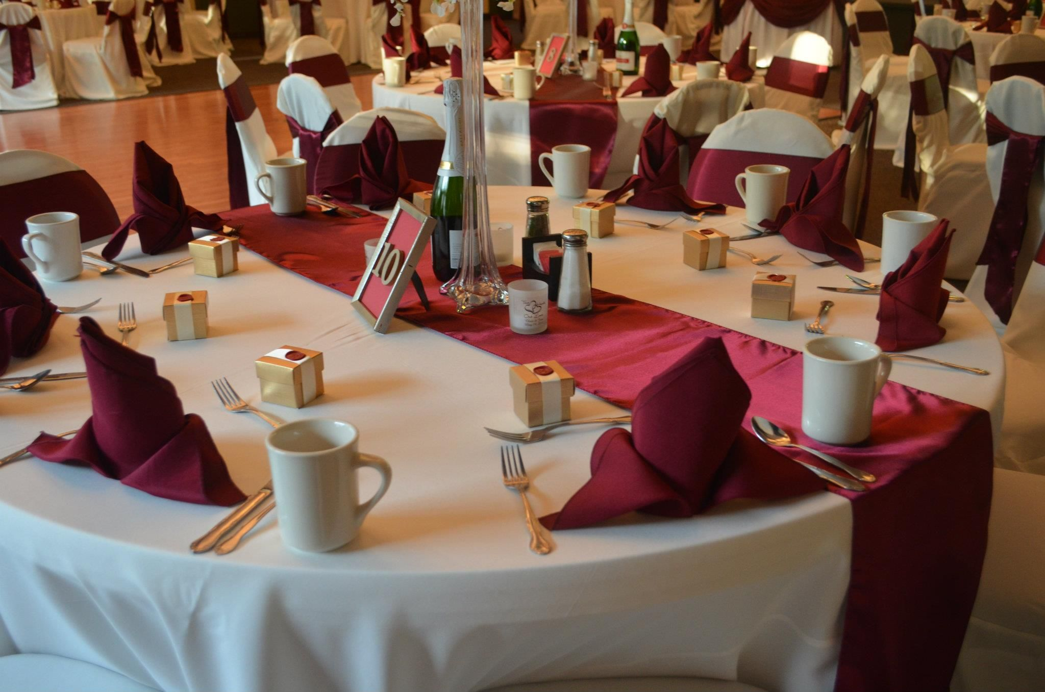 White Banquet Chair Covers Burgundy Satin Chair Sashes & Table