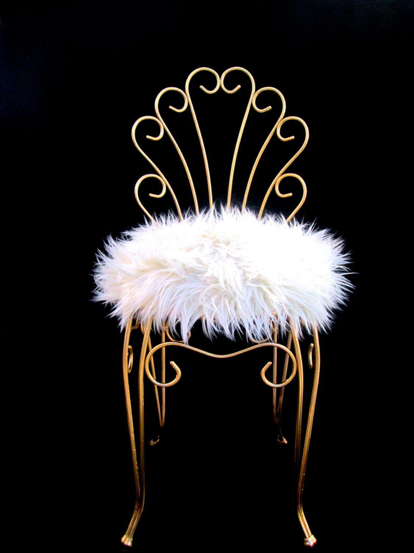 vintage hollywood regency gold metal faux fur vanity. Black Bedroom Furniture Sets. Home Design Ideas
