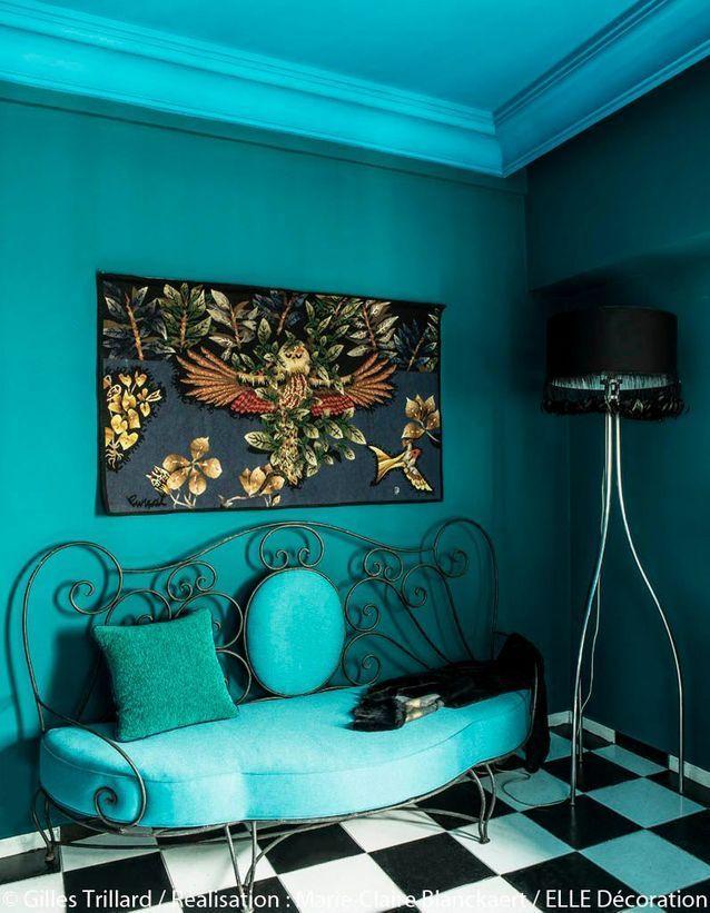 Peindre Murs En Bleu Et Vert Dans Appartement Sympa L Appartement Bleu Et Vert De Stella Cadente Elle Decoration En 2020 Canape En Fer Forge Decoration Interieure Tapisserie Idees De Decor