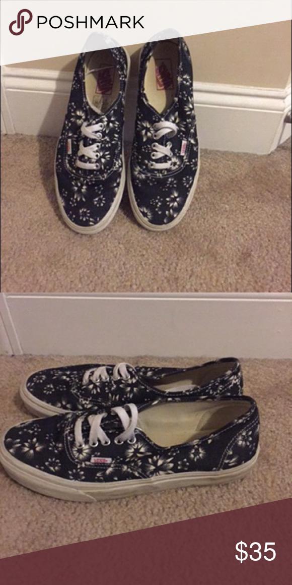 Men vans Great condition Vans Shoes Sneakers