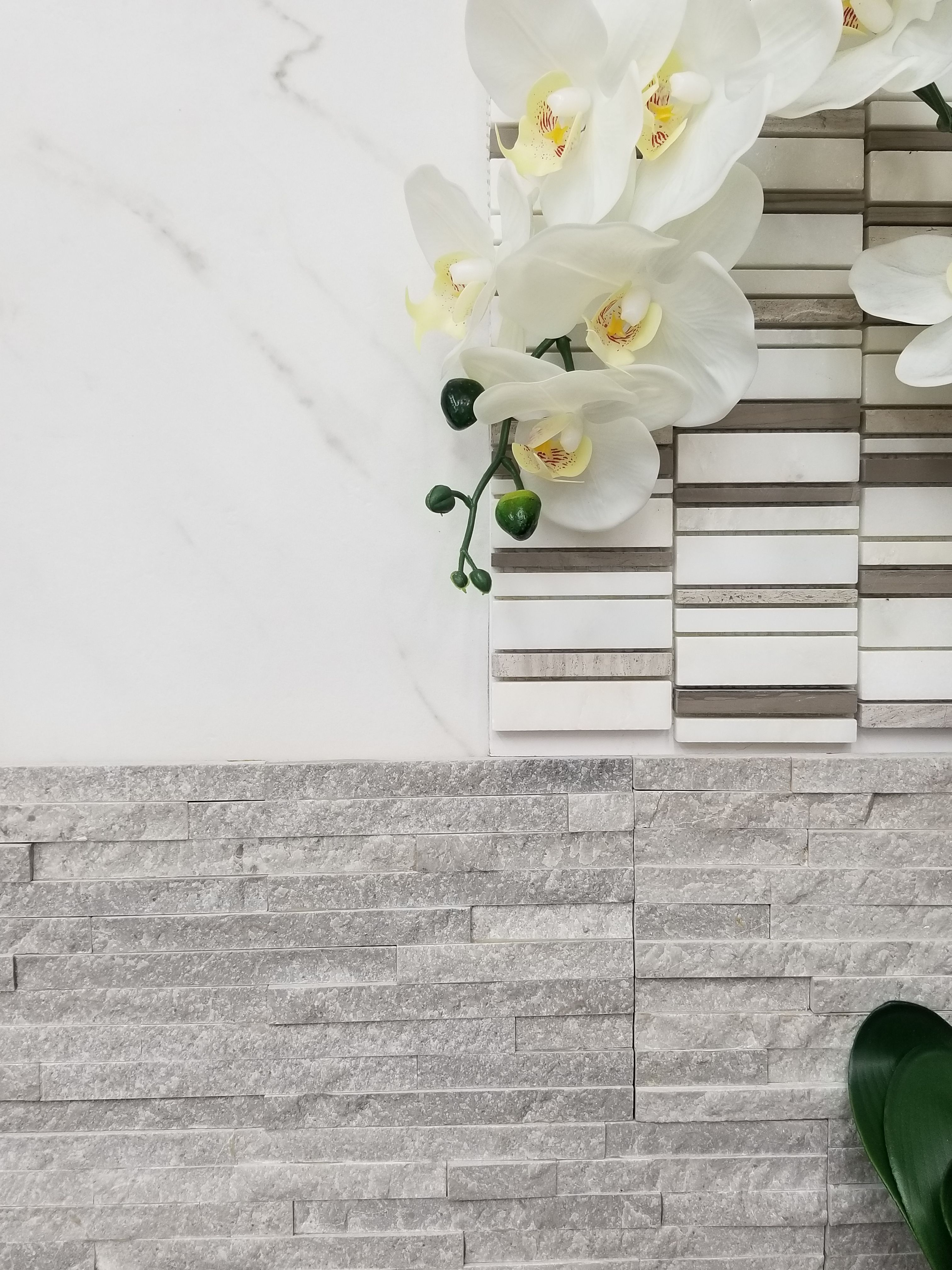 Beautiful finishes combination modern textured tile u marble