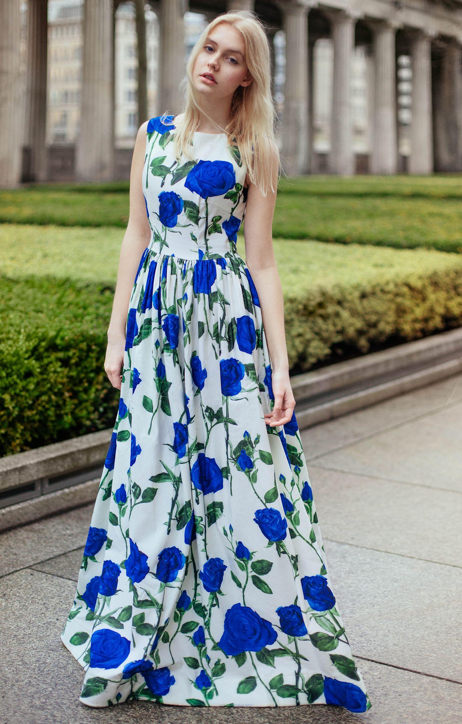 """Abendkleid """"Diana"""" mit blauen Rosen """