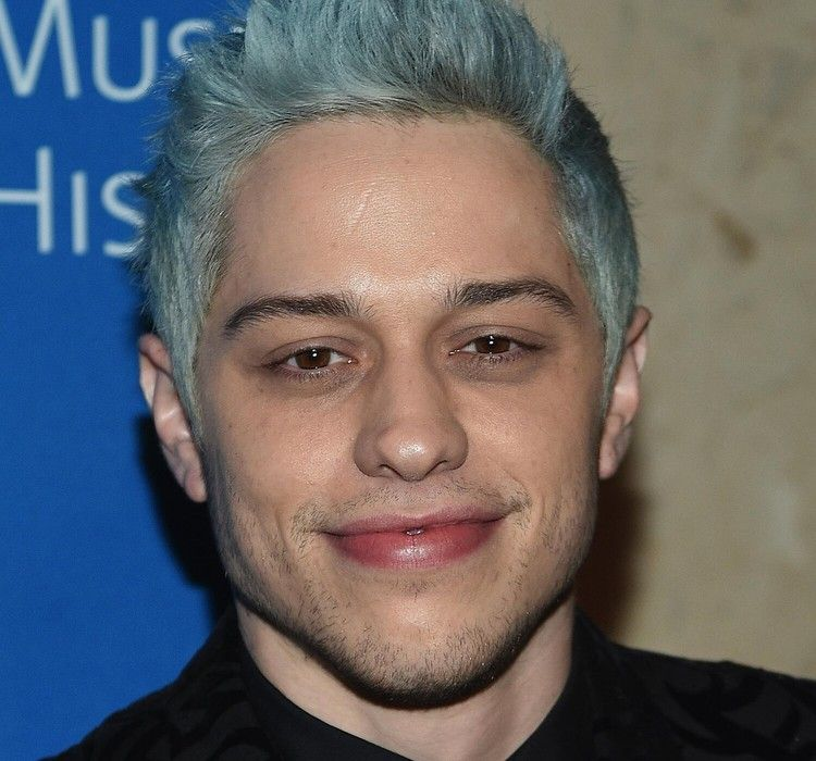 Fans Claim Pete Davidson Is Demanding 1 Million Ndas To Attend His Shows Lawyers Say That S A Joke The Washington Post In 2020 Saturday Night Live Instagram Posts Jokes