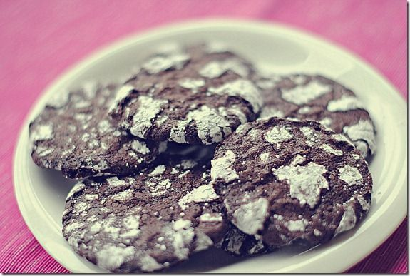 Skinny Chocolate Crinkle Cookies, only 2 WW points