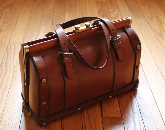 db13499f47 SOLD 70s Vintage Leather Doctor Bag Purse Satchel by EarthshineVintage