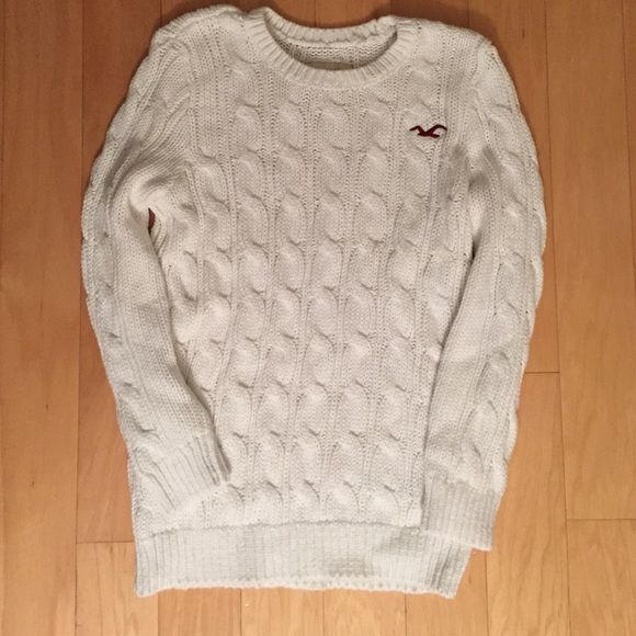 hollister cable knit sweater