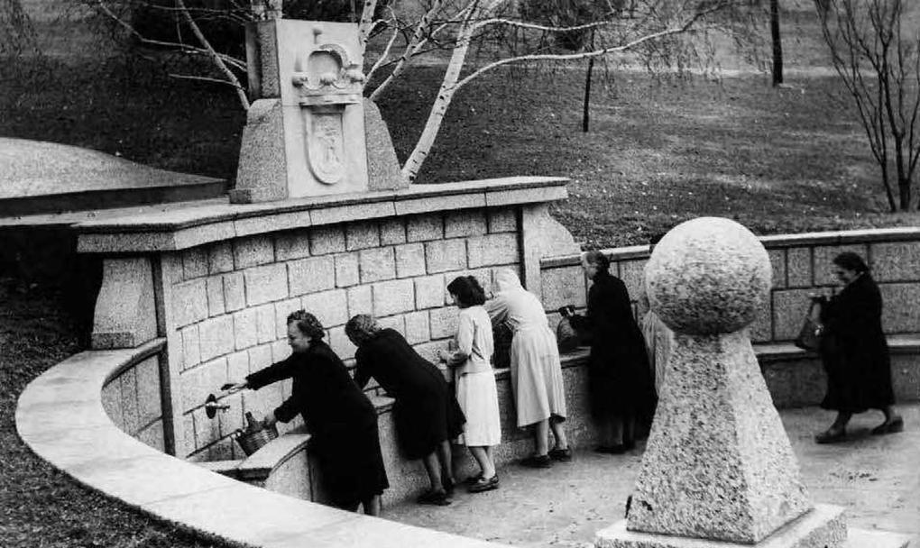 La Fuente de la Salud en el Parque del Oeste, 1960.