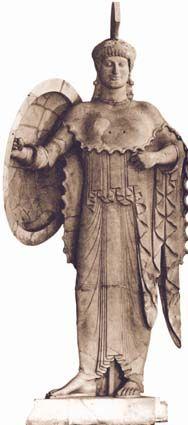 Za razliku od mnogih drugih starih civilizacija, Grci nisu zidali velike palate i grobnice, već su gradili hramove (građevine posvećene nekom bogu), pozorišta, puteve, mostove, brane. Svaki grad je obično imao boga čuvara koji je bio naročito važan njegovim stanovnicima. Iako su poštovali i druge bogove, oni su u čast boga čuvara zidali hram koji je bio nalik njegovom domu, a u hramu se nalazila i njegova statua.