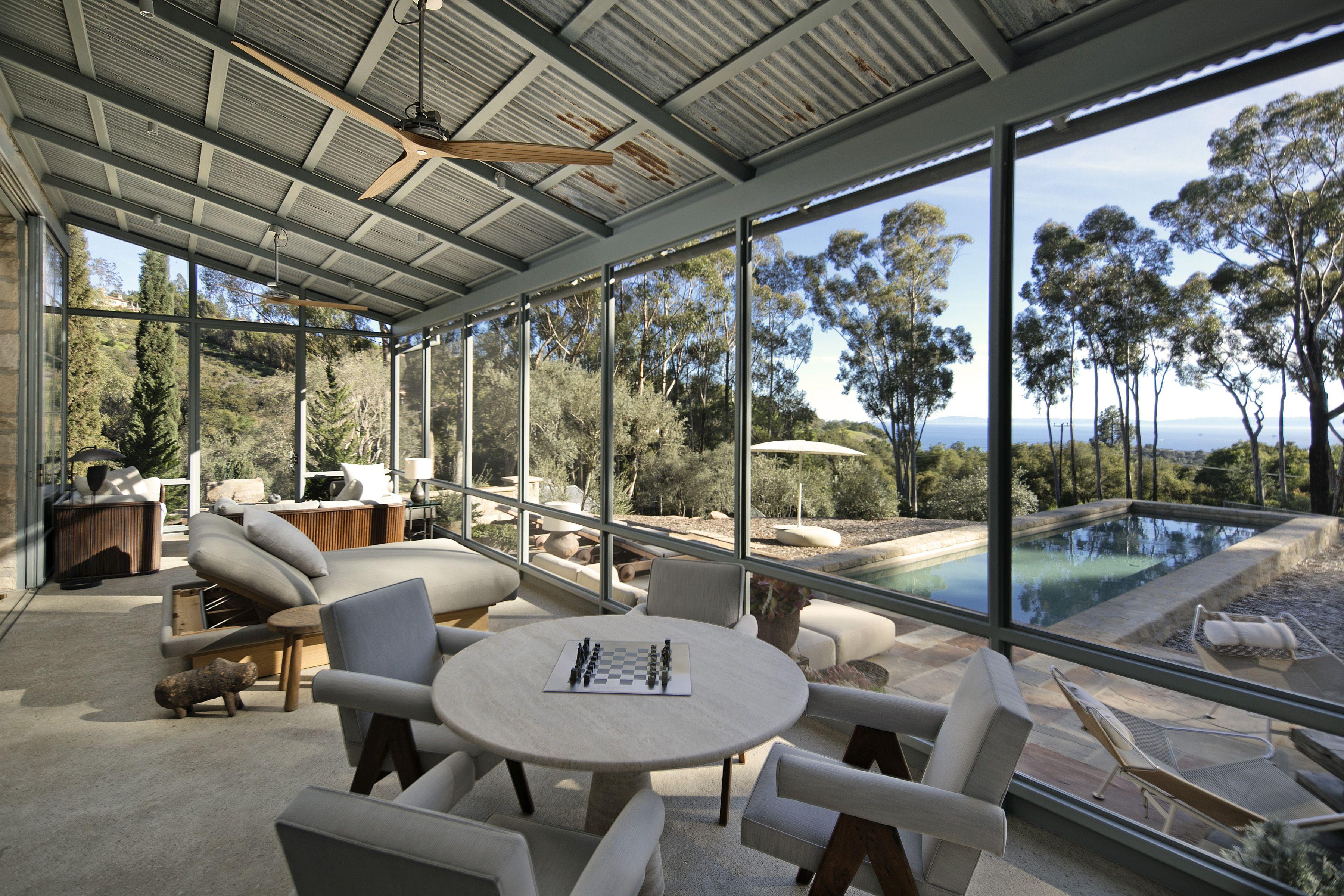 Ellen Degeneres And Portia De Rossi List Their Stunning Santa Barbara Villa For 45m Curbedclockmenumore Arrow T Ellen Degeneres Home Celebrity Houses Home