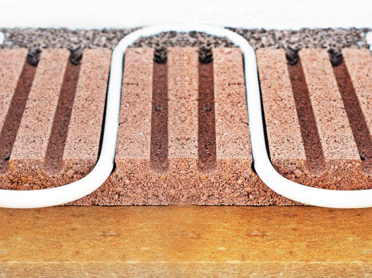 Fußbodenheizung mit komplett trockenem Bodenaufbau. Wir ...