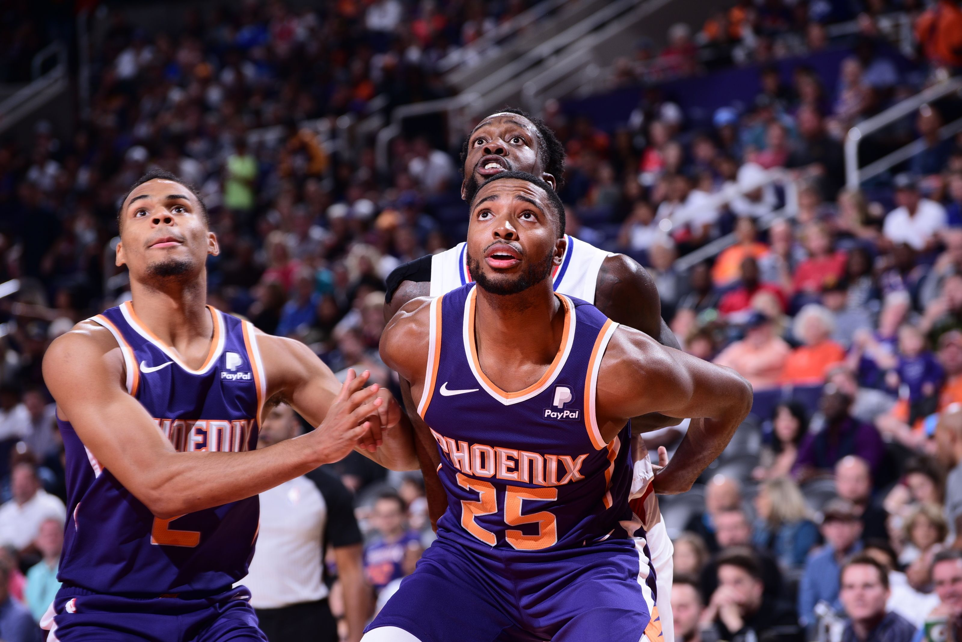 The Phoenix Suns should learn from two rivals' last season