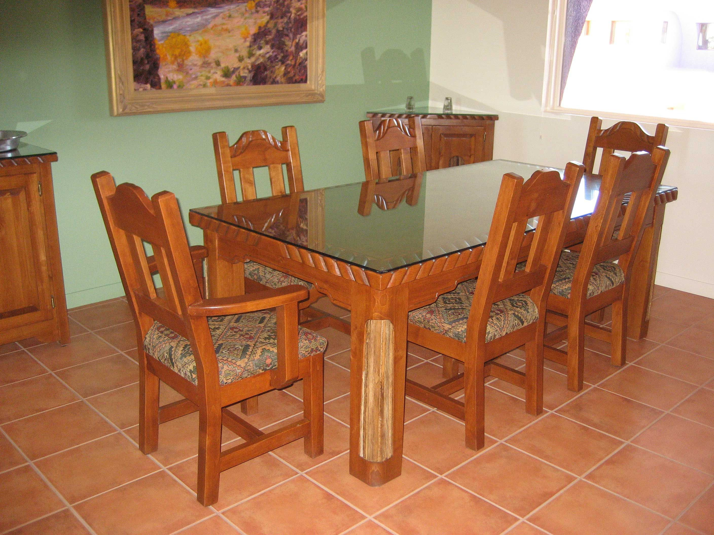 Genial Coronado With Saguaro Dining Table