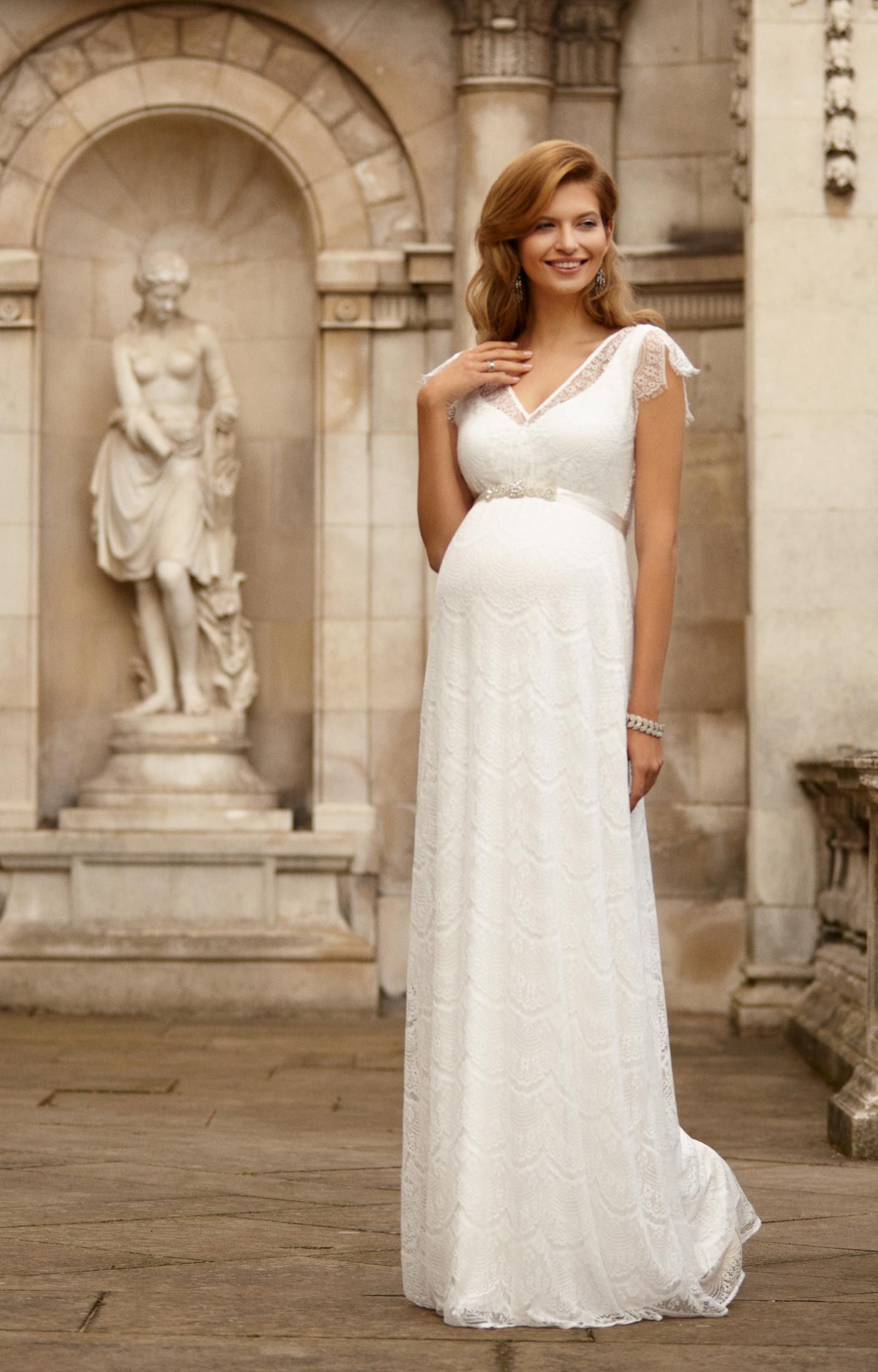 Gorgeous Maternity Wedding Dresses By Tiffany Rose  Brautkleid