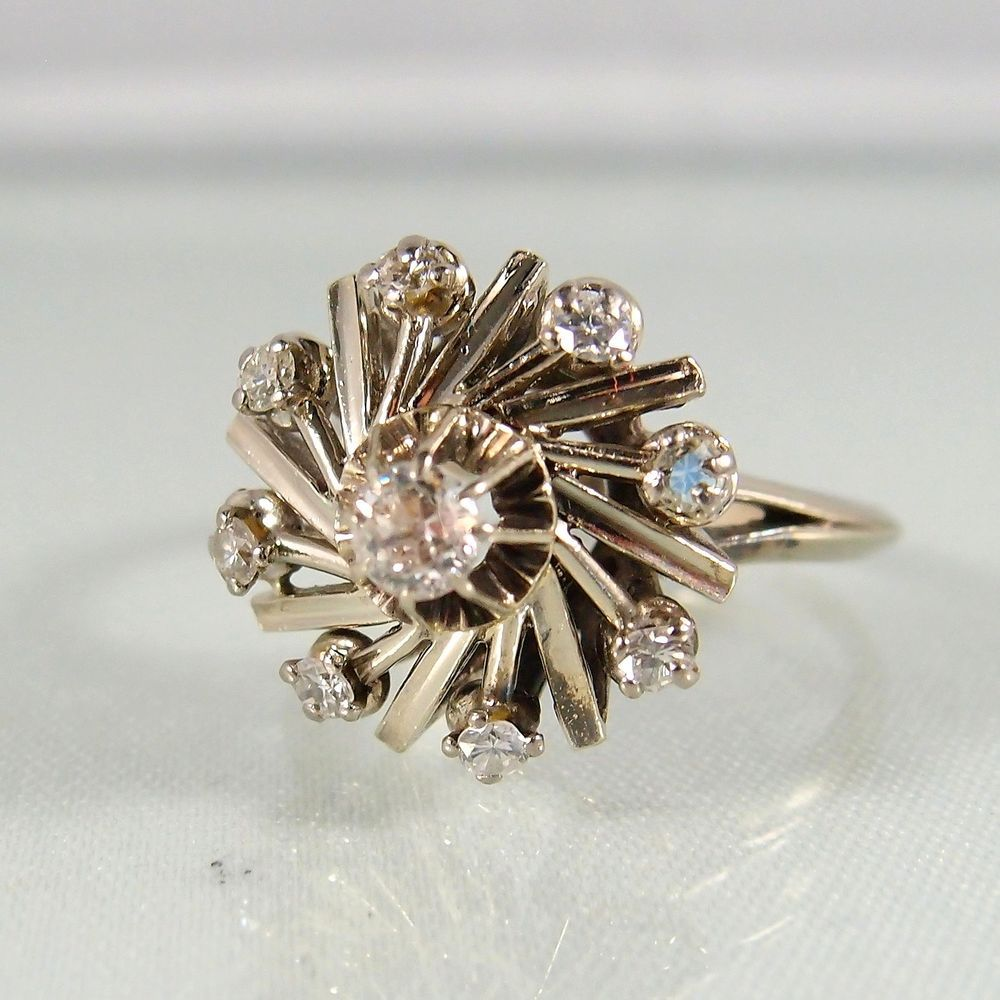 Midwest Art Objects - Fascinating whirlwind design ring in 18K solid gold with flashing diamonds, flower cluster stamped fine gold statement ring