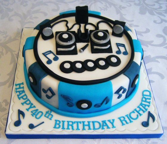 DJ cake 1jpg Cakes by Category Pinterest Dj cake Dj and Cake
