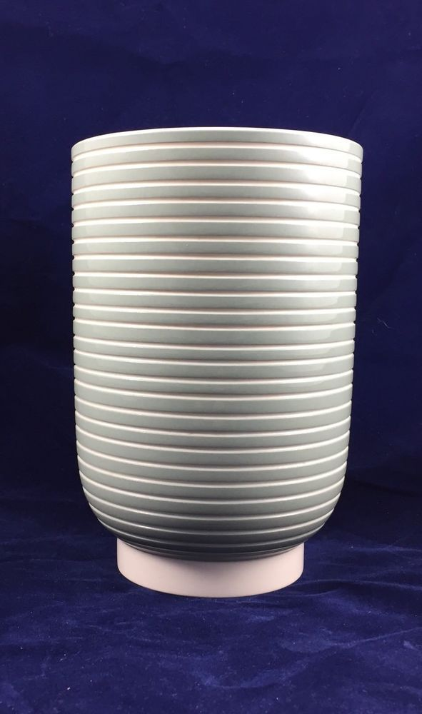 Rare Keith Murray For Wedgwood Celadon Banded Vase Stands 7 High