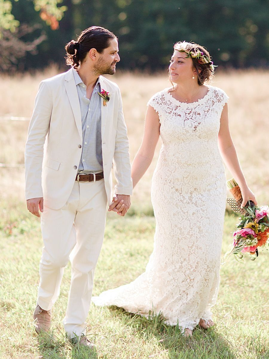 ba896640633 17 Styles for a Rugged Groom–Natural-colored suit for a bohemian wedding