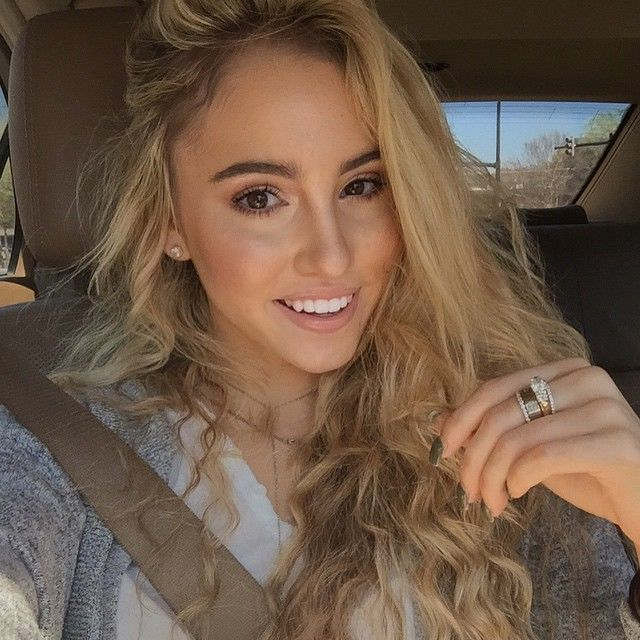 Emily Huff | ĘMILY HUFF | Love to meet, Face, Female